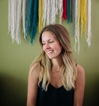 Amanda Cook - Headshot-sm
